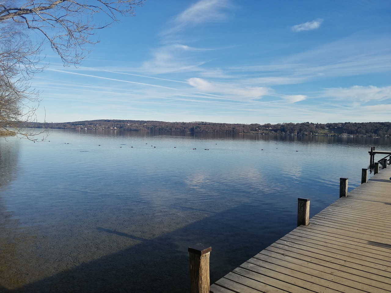 Das Bild zeigt den Starnberger See